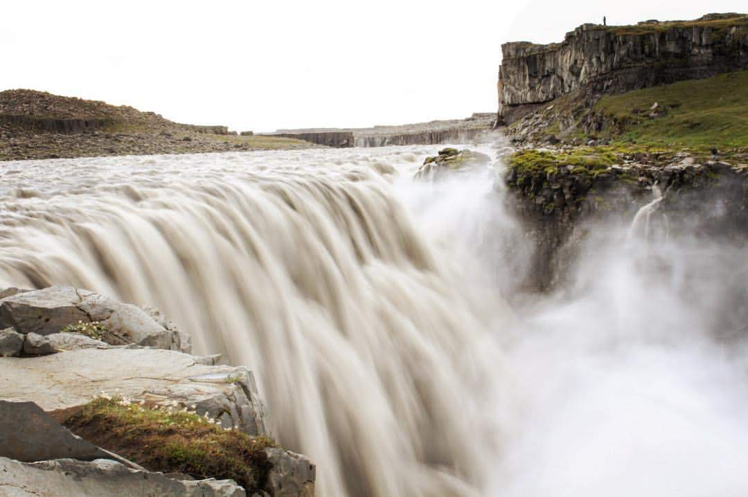 Waterfall in Iceland captured with a canon travel camera.